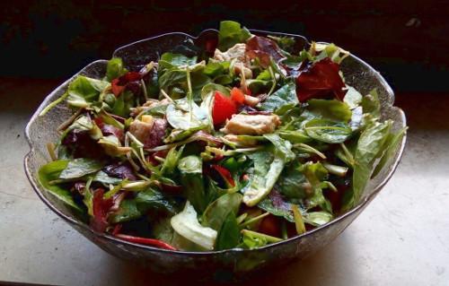 Kalorien sparen Salat mit Pute