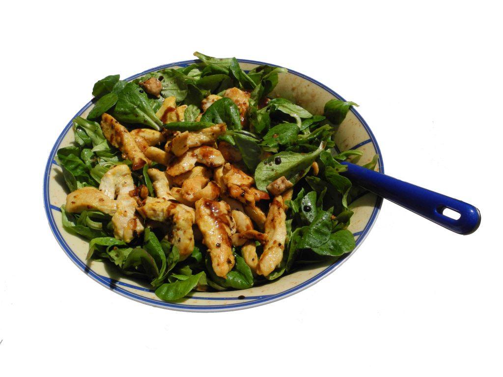 Rezept Salat mit Putenbruststreifen